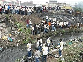 Oppryddingsprosjekt i Nairobi elven